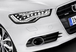 Audi A8 mieten 300x224 300x205 - Audi R8: von 0 auf 100 Stundenkilometer in 4,6 Sekunden